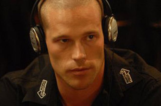 WSOP Europe 2007 - £10,000 NLHE: Patrick Antonius en tête du Day 1b 0001