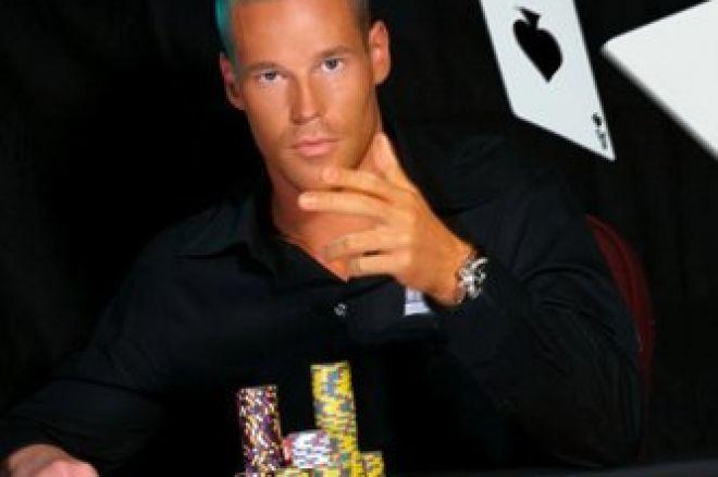 Patrik Antonius unterzeichnet Vertrag mit Poker Royalty 0001