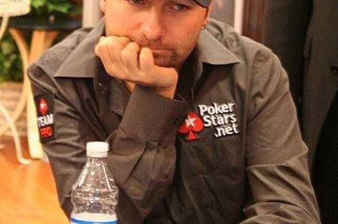 "Interview PokerNews France - Daniel Negreanu: ""La main contre Gus Hansen ne m'a pas... 0001"
