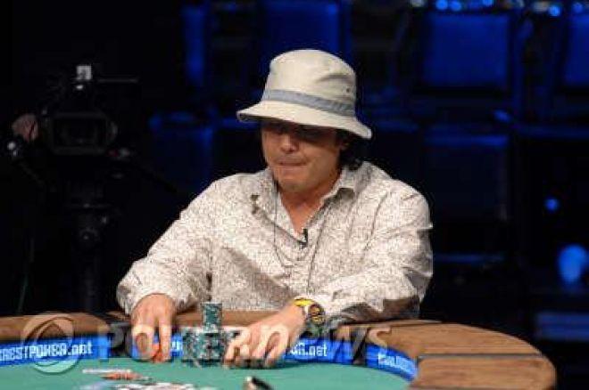Matt Keikoan vinner øvelse #7 av WSOP 2008. 0001