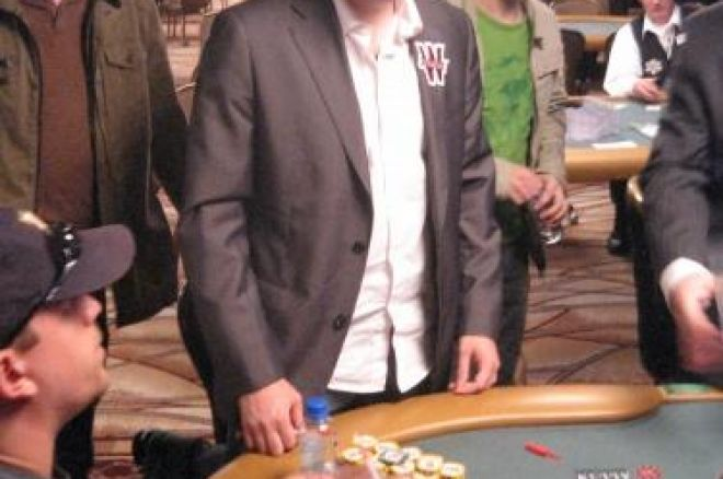 WSOP 2008 Live - Levi en table finale du $2,500 No Limit Hold'em (#13) 0001