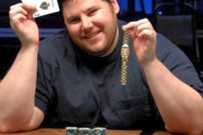 2008 WSOP Event #13, $2,500 No-Limit Hold'em Day 3: 'Pumper' Bell Finds Gold 0001