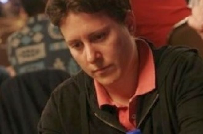 WSOP 2008, Turniej #19, $1,500 Pot Limit Omaha, Dzień 1: Selbst Zdecydowanie Prowadzi 0001