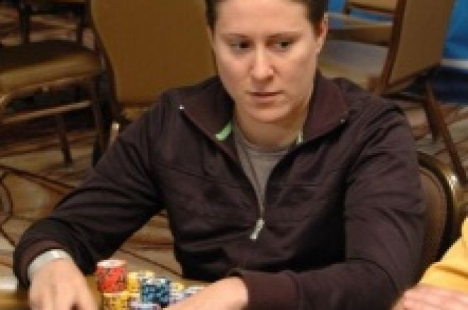 WSOP Event #19: Vanessa Selbst - Chipleaderin am Finaltisch 0001