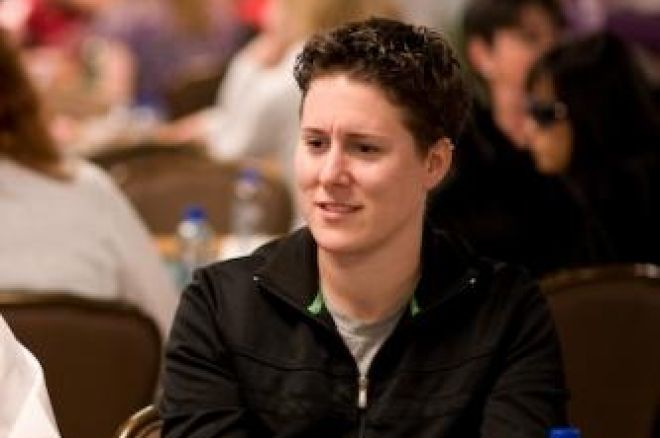 WSOP 2008 Event 19 - Vanessa Selbst prend 1.500$ Pot-Limit Omaha 0001