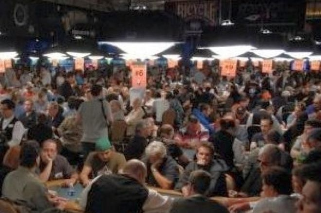 2008 WSOP Event #27, $1,500 No-Limit Hold'em, Day 2: Lunkin and Terrell Lead 0001