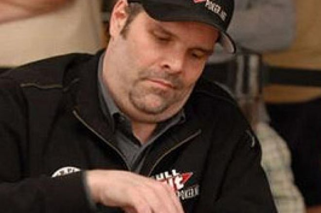 2008 WSOP Event #33 $5,000 Stud Hi/Low Day 2: Final Table Reached in Marathon Session 0001