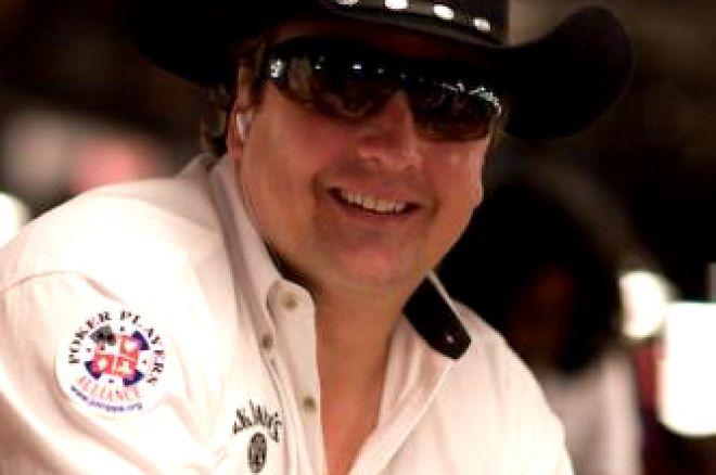 2008 WSOP Event #39, $1,500 No-Limit Hold'em: Massive Field Reaches Money 0001