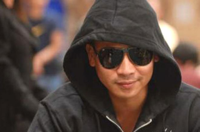 2008 WSOP Event #40, $2,500 2-7 Triple Draw Day 2 – Phan Edges into Lead 0001