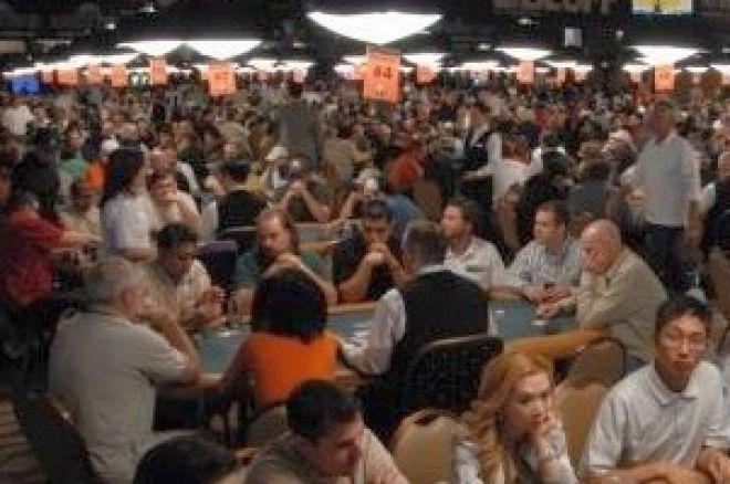 2008 WSOP Event #49, $1,500 No-Limit Hold'em Day 2: Nielsen Leads Tran, Pelton 0001