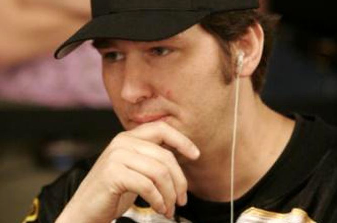 2008 WSOP Event #51, $1,500 H.O.R.S.E. Day 2: Hellmuth Retains Lead 0001