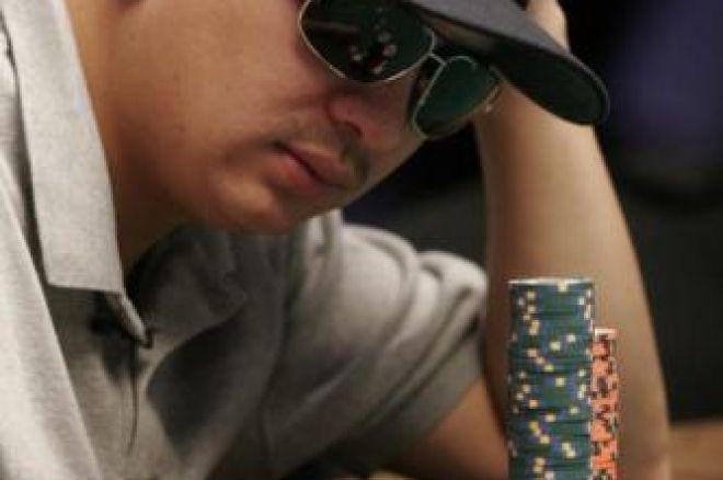 WSOP 2008 Event 49 - Premier bracelet pour le pro J.C. Tran dans le 1.500$ No Limit Hold'em 0001