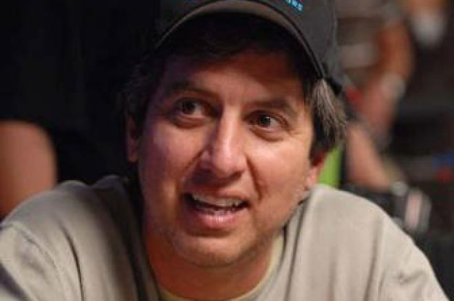 Dr. Pauly at the 2008 WSOP: Celebrities at the World Series of Poker 0001