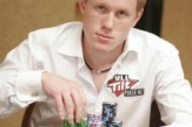 Dag Martin Mikkelsen under dag 2B av main event WSOP 2008 0001