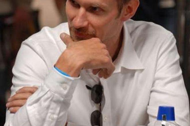 Flisberg en av 27 spelare kvar i WSOP Main Event 0001