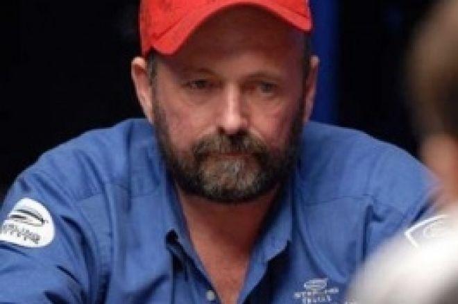 Główny Turniej WSOP 2008, $10,000 No-Limit Hold'Em, Dzień 6: Dennis Phillips Na Czele... 0001