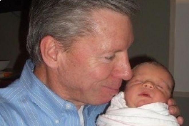 Mike e Karen Sexton Radiantes com o Filho Ty Sexton 0001