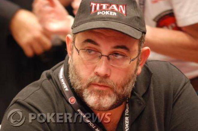 Julio Díaz en la mesa final del APT Macao 0001
