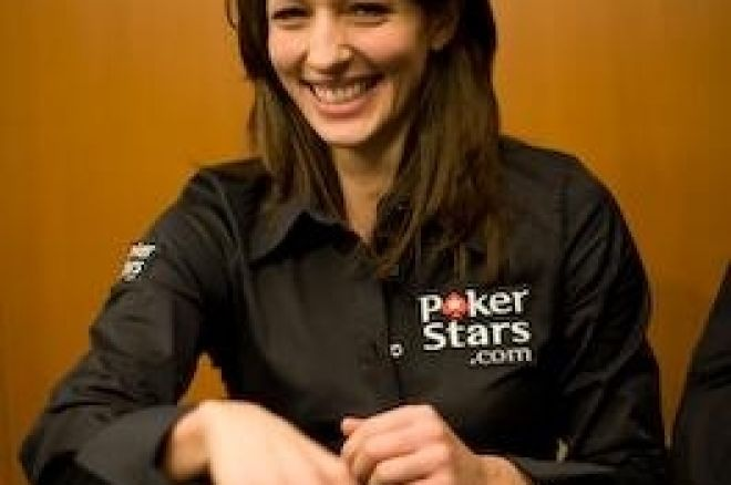 Interview PokerNews - Kara Scott, 104ème du Main Event WSOP 2008 0001