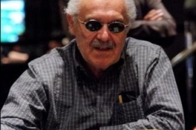 扑克新闻杯主赛事,第二天: David Gorr 最终领先 0001