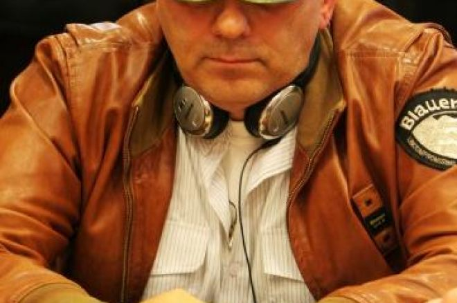 PokerStars.com EPT Будапеща, Ден 1б: Mauro Corsetti Води, Иво Донев... 0001