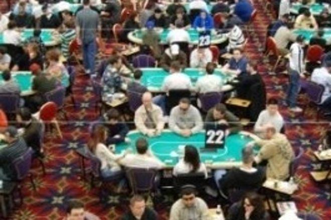 LA 扑克名人赛第一天: Nam, Negreanu领先 0001