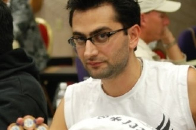 LAPC2009デイ2、Antonio Esfandiariがチップリーダーに 0001