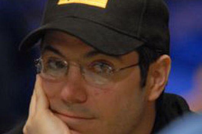 Jamie Gold signerer med Poker Icons 0001