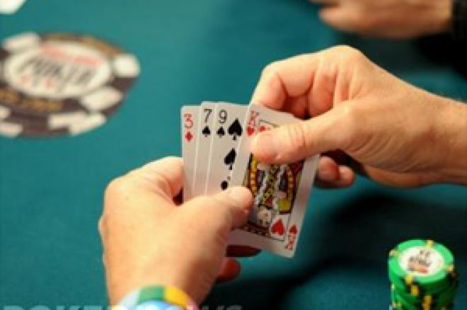 2009 WSOP: Evento#5 - $1,500 Pot-Limit Omaha, Dia 2 – Iocofano na Chip Lead da Final Table 0001