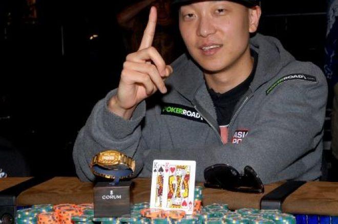 2009 WSOP: $1,000 No-Limit Hold'em Събитие #4, Ден 4 – Гривна За Steve Sung 0001