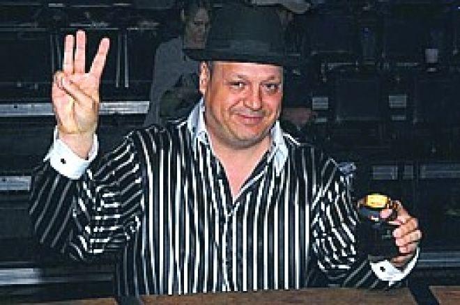 2009 WSOP: Jeff Lisandro スタッドハイロー#37で3つ目のブレースレット獲得 0001