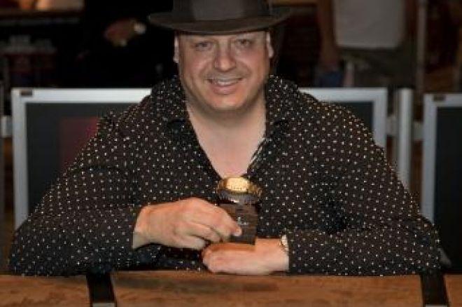 "WSOP 2009: Lisandro Ganhou Bracelete e Completa a ""Stud Triple Crown"" 0001"