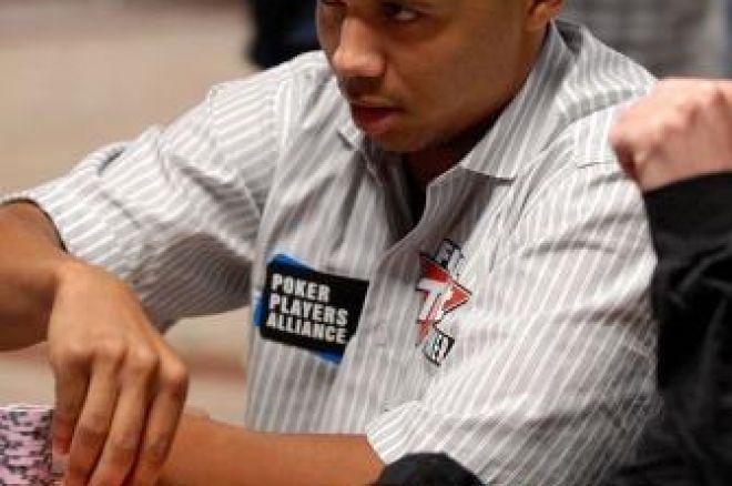 2009 WSOP: Main Event Ден 7, Ivey Все Още Преследва Moon, Остават 27 0001
