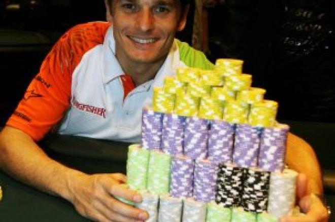 ¿Fórmula 1 + poker?... Giancarlo Fisichella en la parrilla de salida... de los tapetes 0001