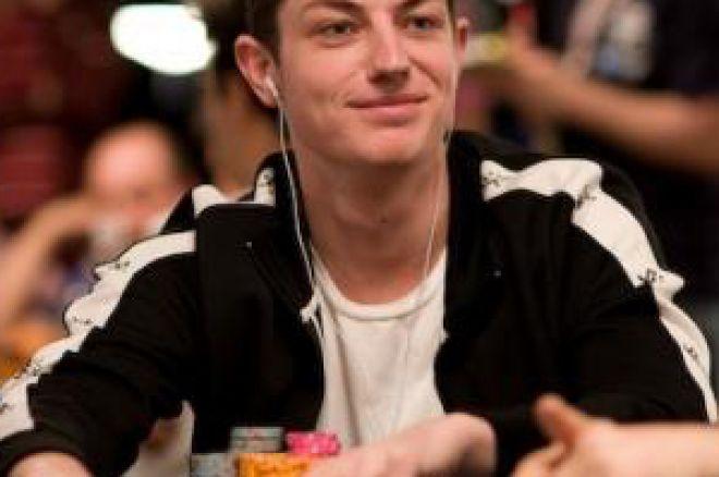 Tom 'durrrr' Dwan Assina Pela Fulltilt Poker 0001