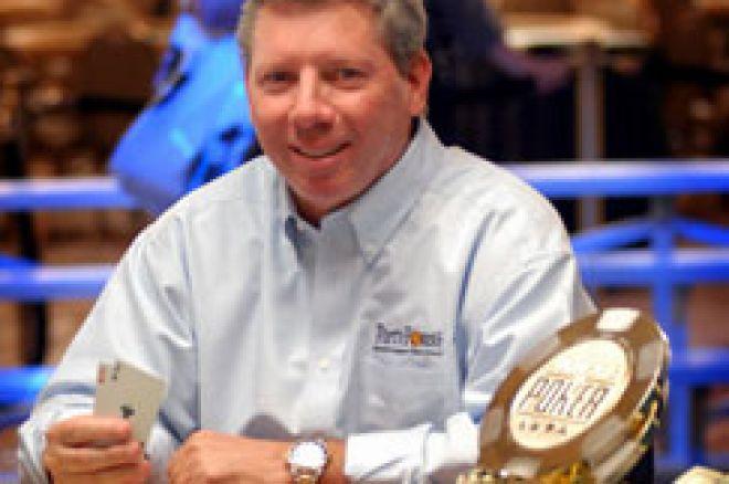 Mike Sexton бе представен в залата на славата 0001