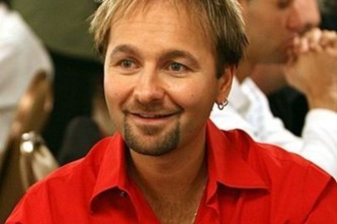 Daniel Negreanu нападна Phil Hellmuth 0001