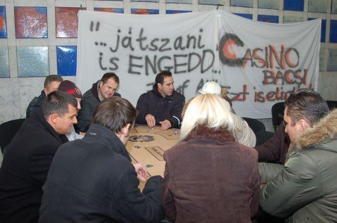 Megnyílt az aluljáró pókerklub avagy demonstráció a pókertörvény ellen! 0001