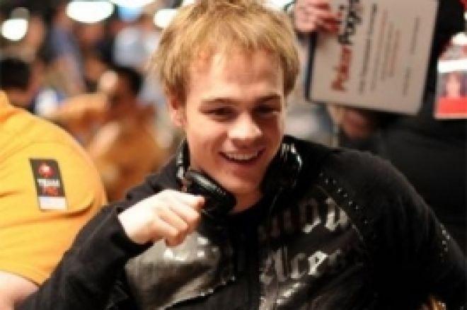 Шест характеристики на страхотния покер играч 0001
