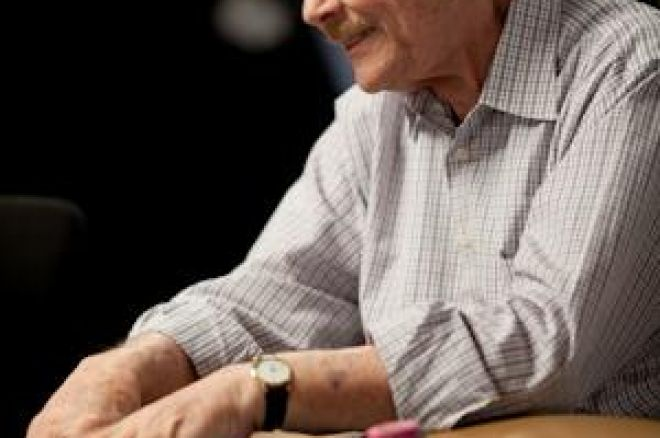 The Nightly Turbo: Jerry Buss Going Pro, Robbers Hit Poker in Austin, and More 0001