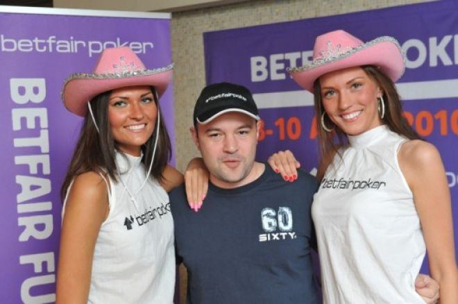Славен Попов е чип лидер след първия ден на Betfair Poker... 0001