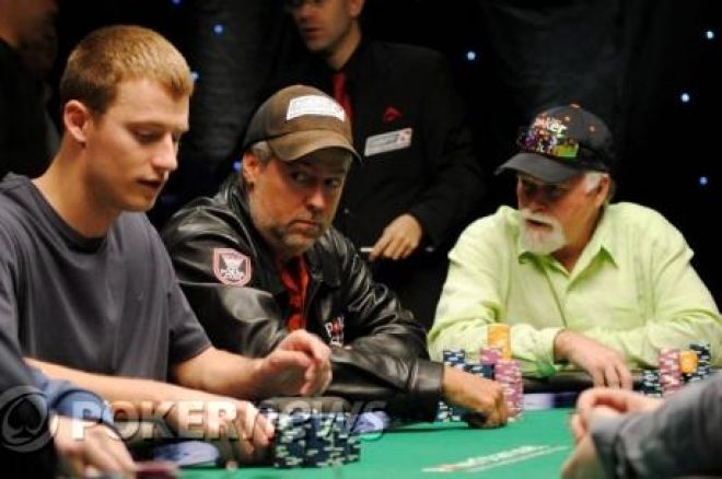 PokerStars.net NAPT Mohegan Sun Day 4: Mike Beasley Leads Stacked Final Table 0001