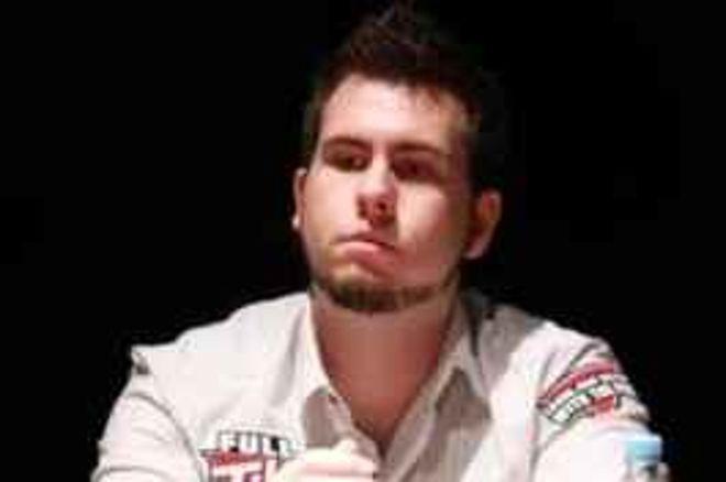 Kishírek a nagyvilágból: Zajlik az élet a Full Tilt Poker háza táján, Gilles Augustus... 0001