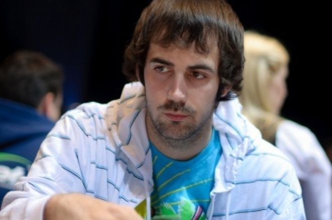 Jason Mercier Chip Leading in the $1,500 PLO 0001