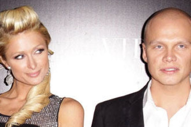 Ilari Sahamies на червения килим заедно с Paris Hilton 0001