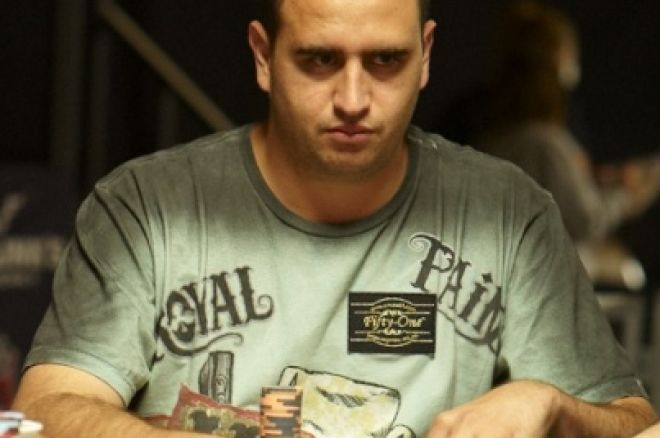 2010 World Series of Poker Day 4: Mizrachi Brothers at Final Table, Rosewood Leads Event #4 and More Players Sit Down for NLHE 0001