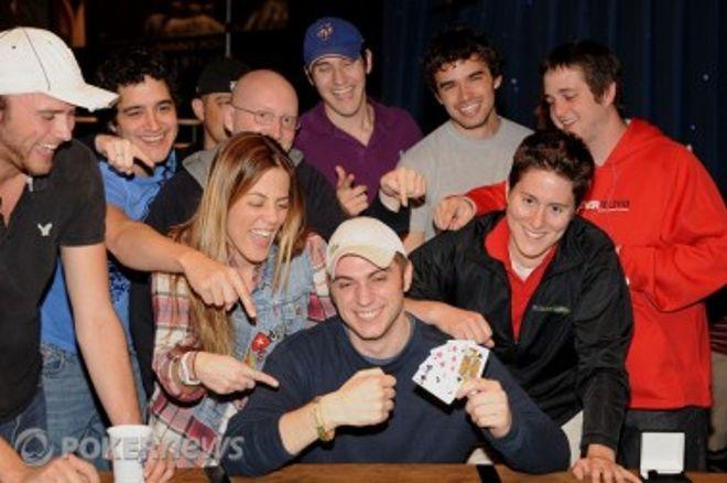 "2010 World Series of Poker Ден 15: David ""Bakes"" Baker и Eric Buchman спечелиха... 0001"