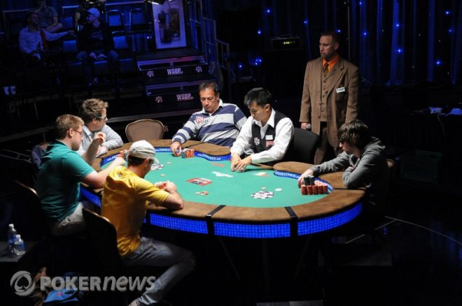 2010 World Series of Poker Day 20: Tebbe, Haydon, and Warga Added to List of Bracelet... 0001