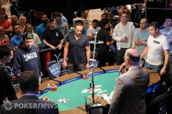 Día 21, 2010 World Series of Poker: Proulx y Keikoan dominan sus fields, Smith lidera el... 0001
