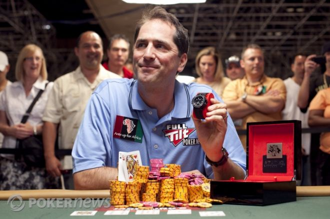 2010 World Series of Poker Day 37: Dan Kelly Wins First WSOP Bracelet and Phil Gordon Wins... 0001